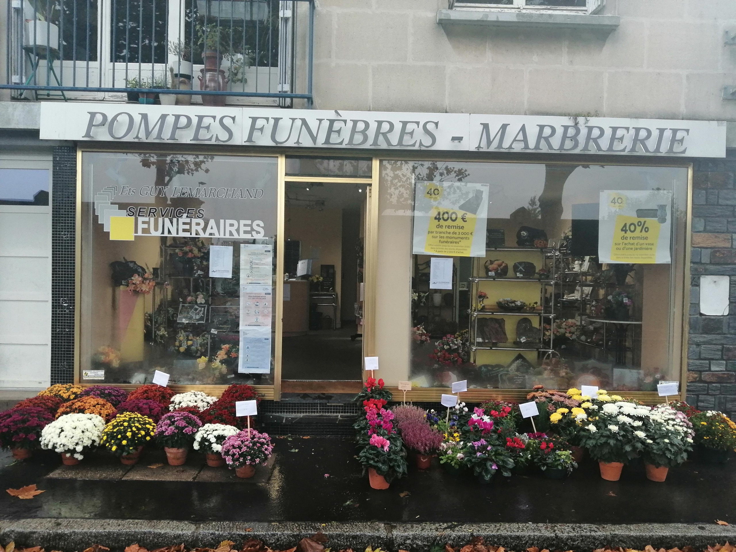 Vente fleurs agences Ets Lemarchand Nantes pour la Toussaint