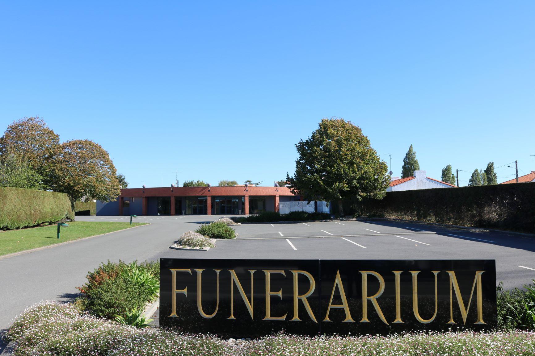 Reconfinement : quelles restrictions pour les cérémonies funéraires ?